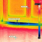 Съёмка тепловизора. Продувание двери ПВХ из под притвора. Результат: замена уплотнительной резинки.